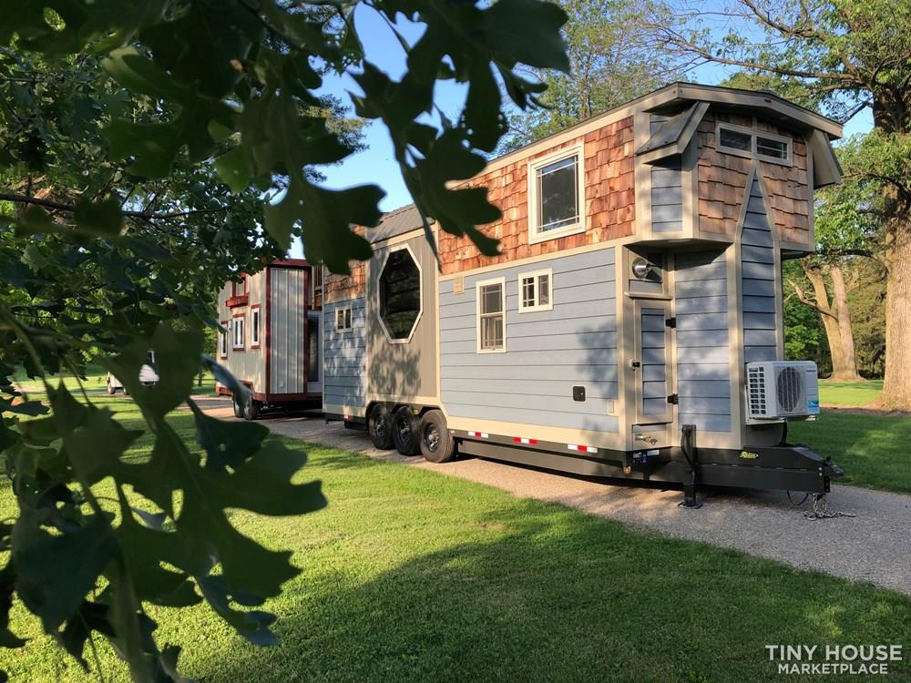 28 Foot Custom Luxury Tiny House that is Full of Amenities!!   21