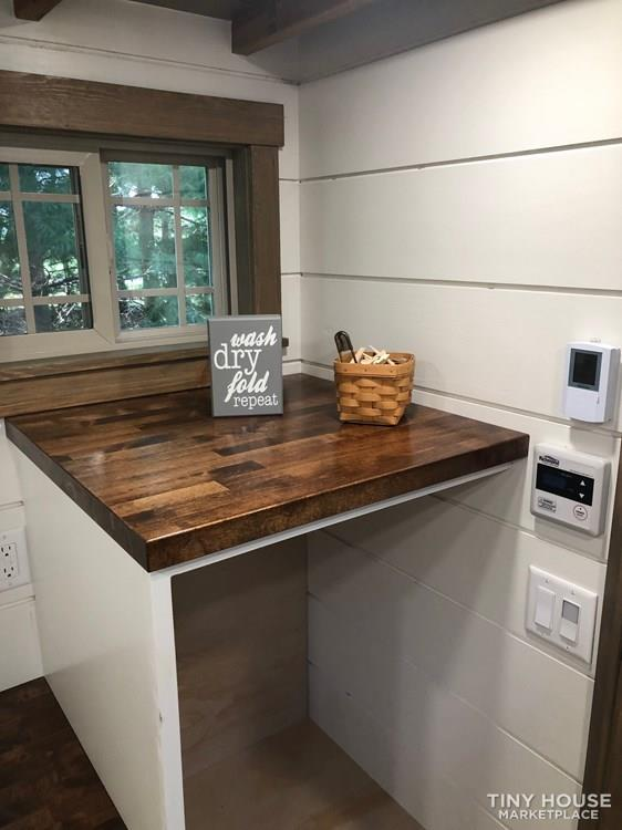 28 Foot Custom Luxury Tiny House that is Full of Amenities!!   45