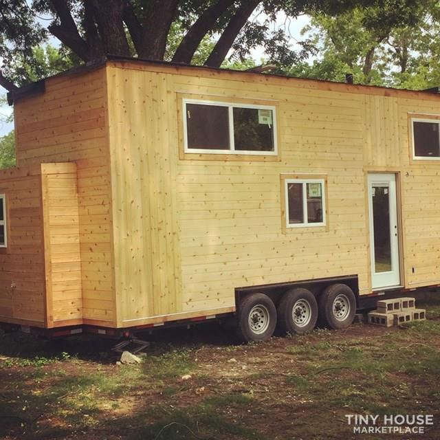 28 ft American Tiny House  Golden Model 2