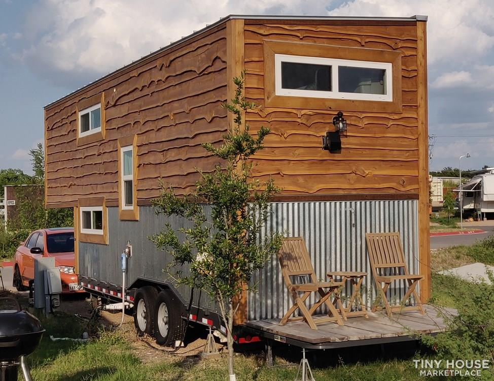 28 ft Gooseneck Tiny Home for Sale in Austin TX! 3
