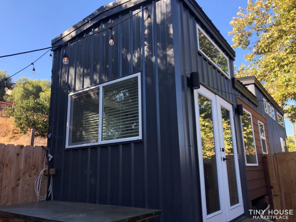 30' Modern Tiny w/ land to rent (Rare Opportunity)  6