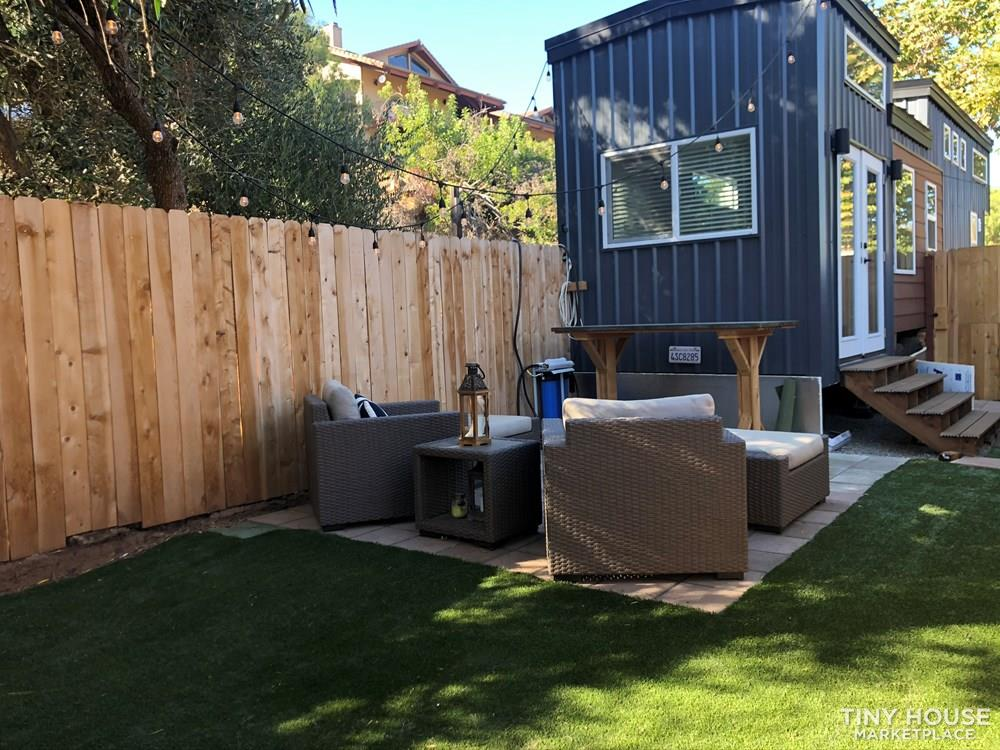 30' Modern Tiny w/ land to rent (Rare Opportunity)  8