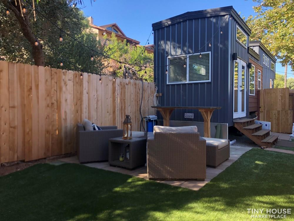 30' Modern Tiny w/ land to rent (Rare Opportunity)  9