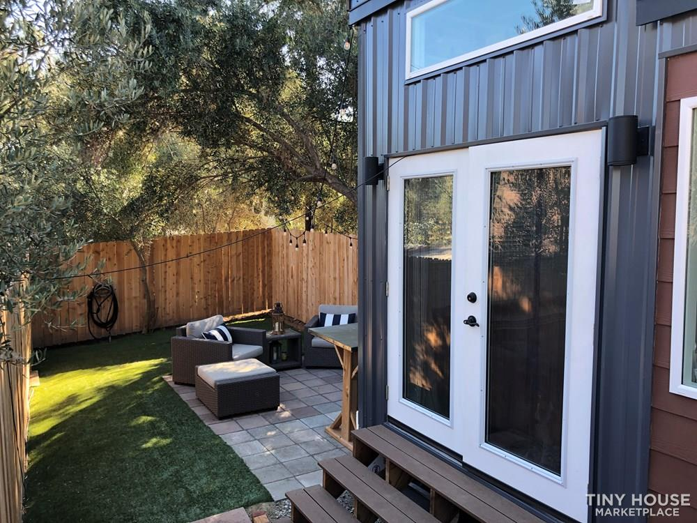 30' Modern Tiny w/ land to rent (Rare Opportunity)  18