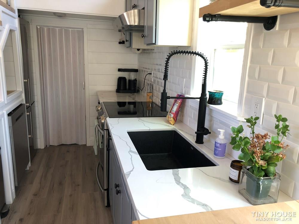 30' Modern Tiny w/ land to rent (Rare Opportunity)  38