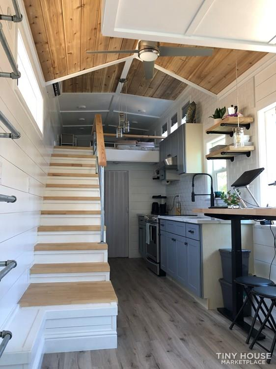 30' Modern Tiny w/ land to rent (Rare Opportunity)  44