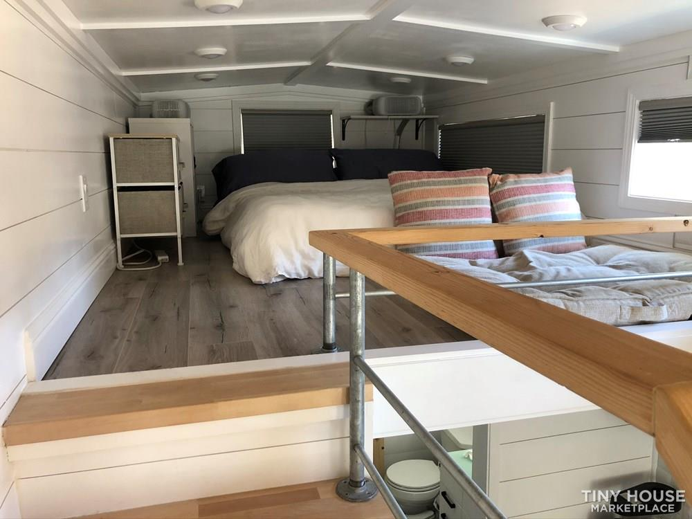 30' Modern Tiny w/ land to rent (Rare Opportunity)  64