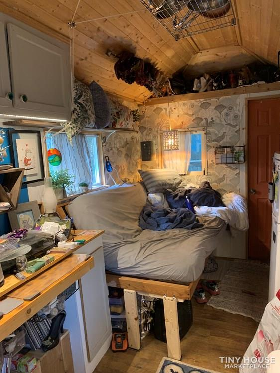 8'x20' Tiny house on wheels. Super cute!