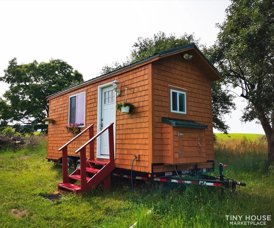 Adorable & Affordable. 20 x 8ft Barely Used Tiny House on Wheels