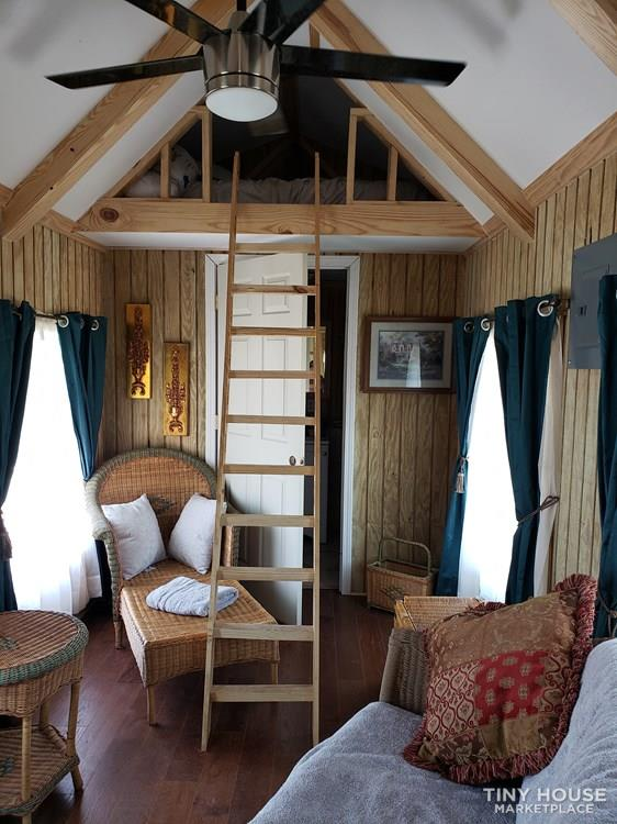 Basic model tiny house