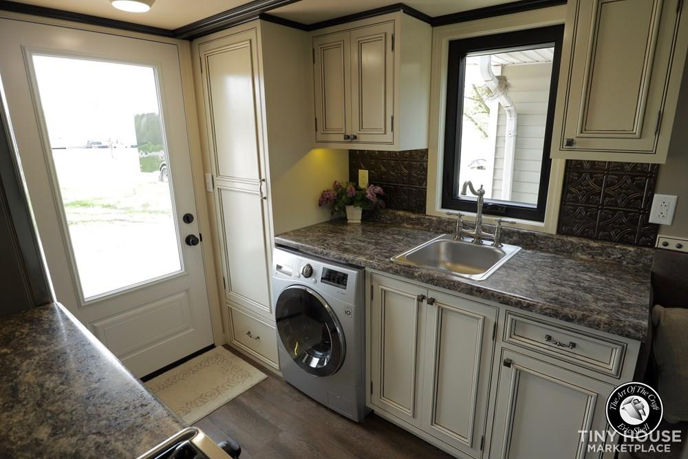 Beautiful, 28FT Tiny Home With Downstairs Bedroom and Bathtub!  17