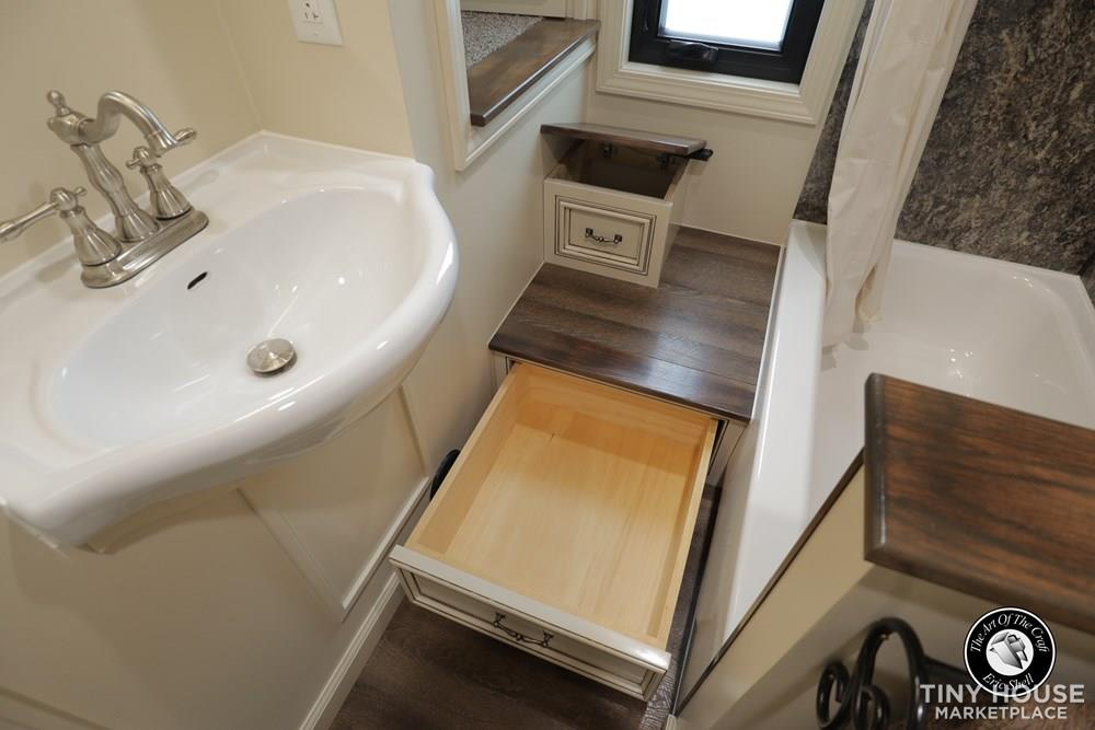 Beautiful, 28FT Tiny Home With Downstairs Bedroom and Bathtub!  48