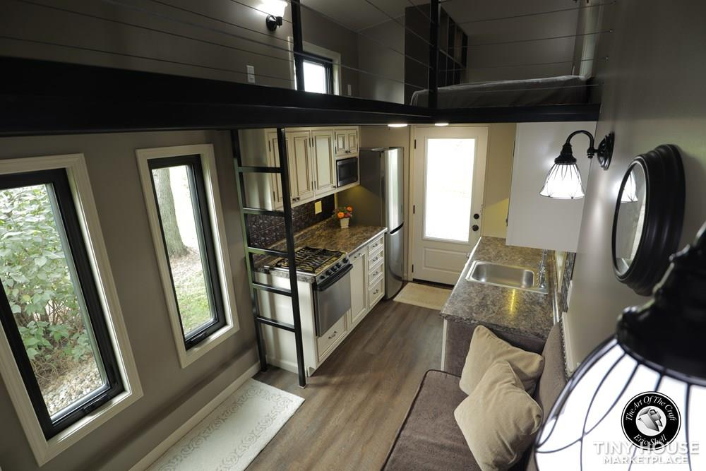 Beautiful, 28FT Tiny Home With Downstairs Bedroom and Bathtub!  6