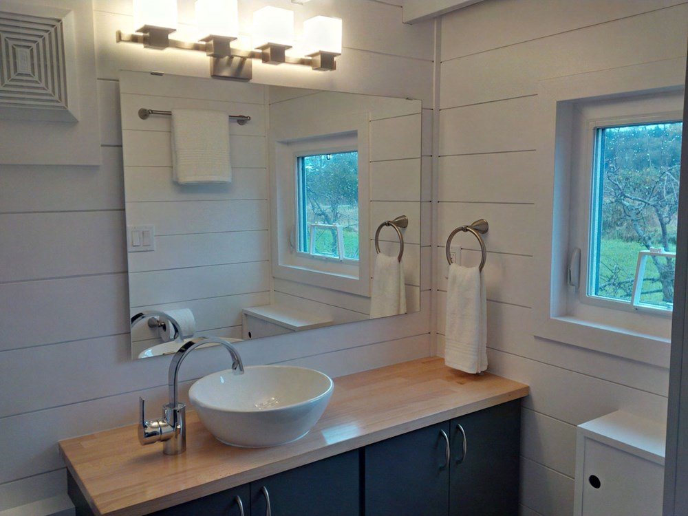 Brand New 2 Bedroom Tiny House FOR SALE 17