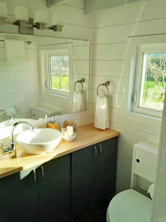 Brand New 2 Bedroom Tiny House FOR