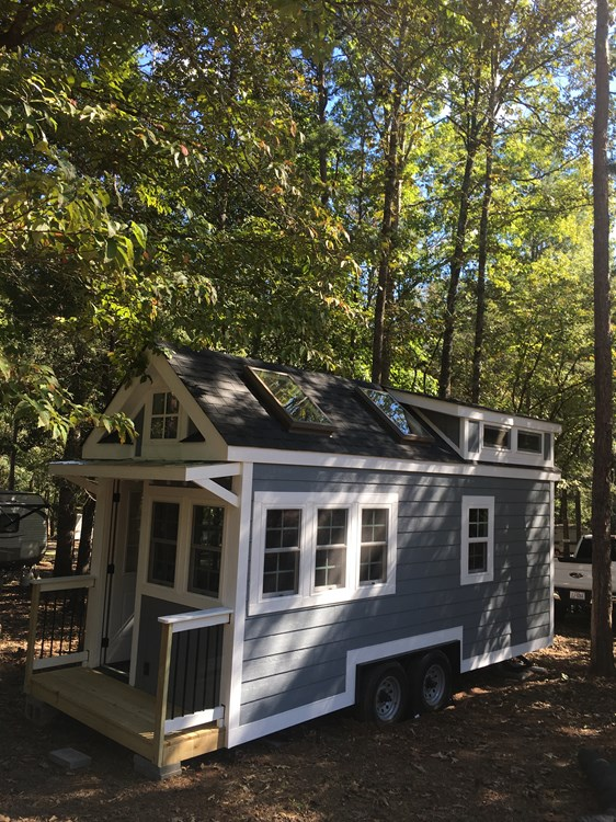 New craftsman style 20 foot tiny home with lots of character 24