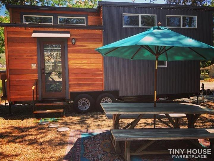 Brand new deluxe Tiny House - 8 X 24' - Turn Key!
