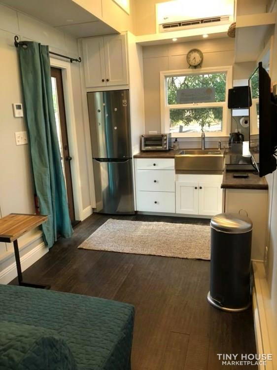 Brand new deluxe Tiny House - 8 X 24' - Turn Key! 3