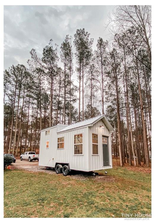 Tiny Modern Farmhouse on Wheels  2