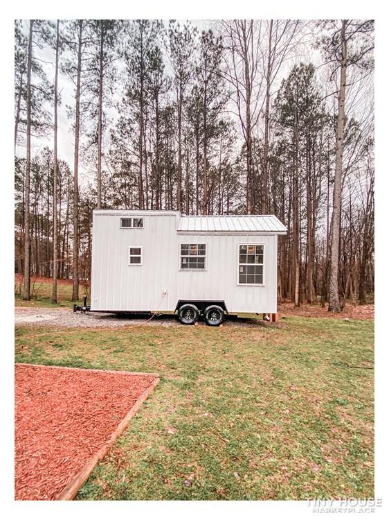 Tiny Modern Farmhouse on Wheels  3