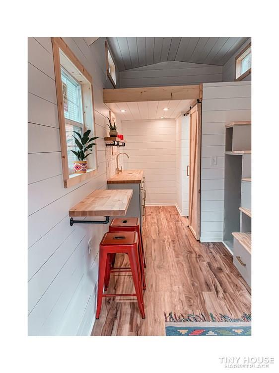 Tiny Modern Farmhouse on Wheels  14