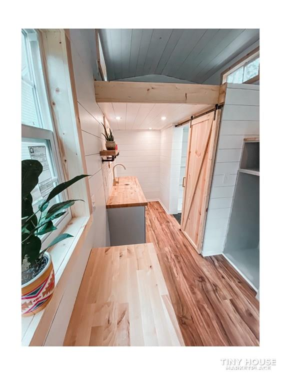 Tiny Modern Farmhouse on Wheels  18