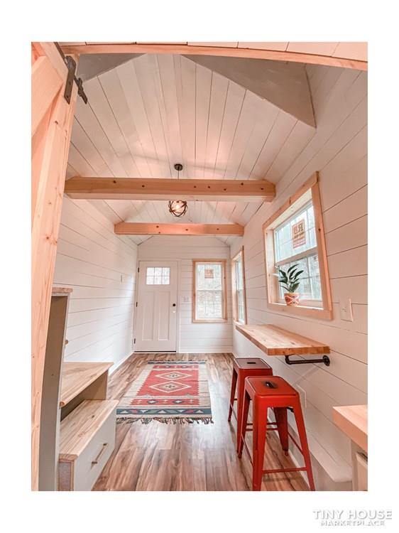 Tiny Modern Farmhouse on Wheels  26