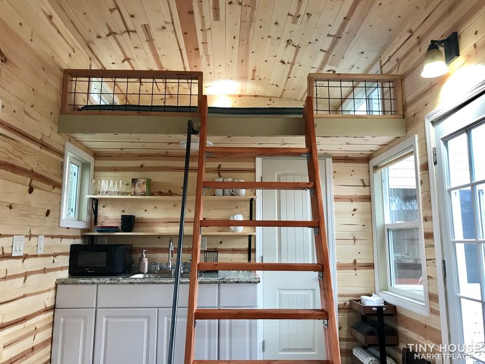Brand new tiny house on wheels  9
