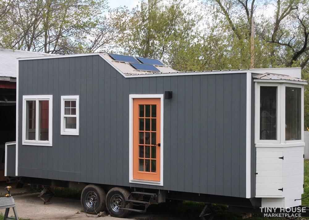 Custom 24' x 8' Tiny Home on Wheels