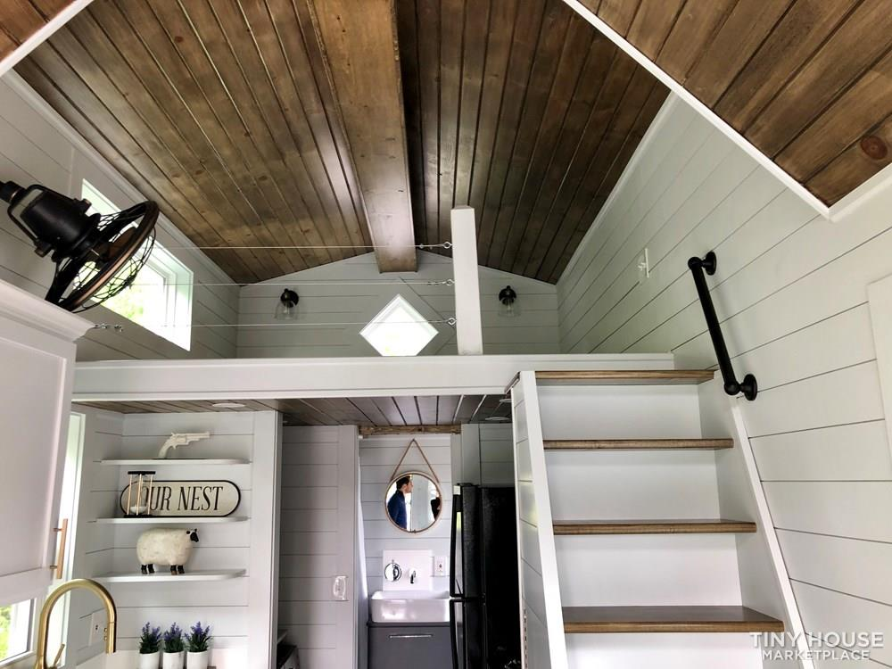 Welcome to your new carefree life- Tiny Home 7