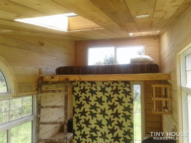 Eco-Friendly Tiny House on Wheels 7