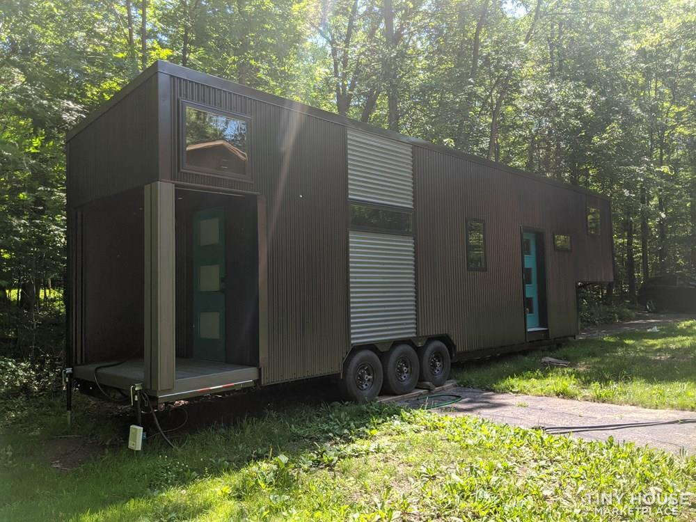 Poseidon - Modern Tiny House 2