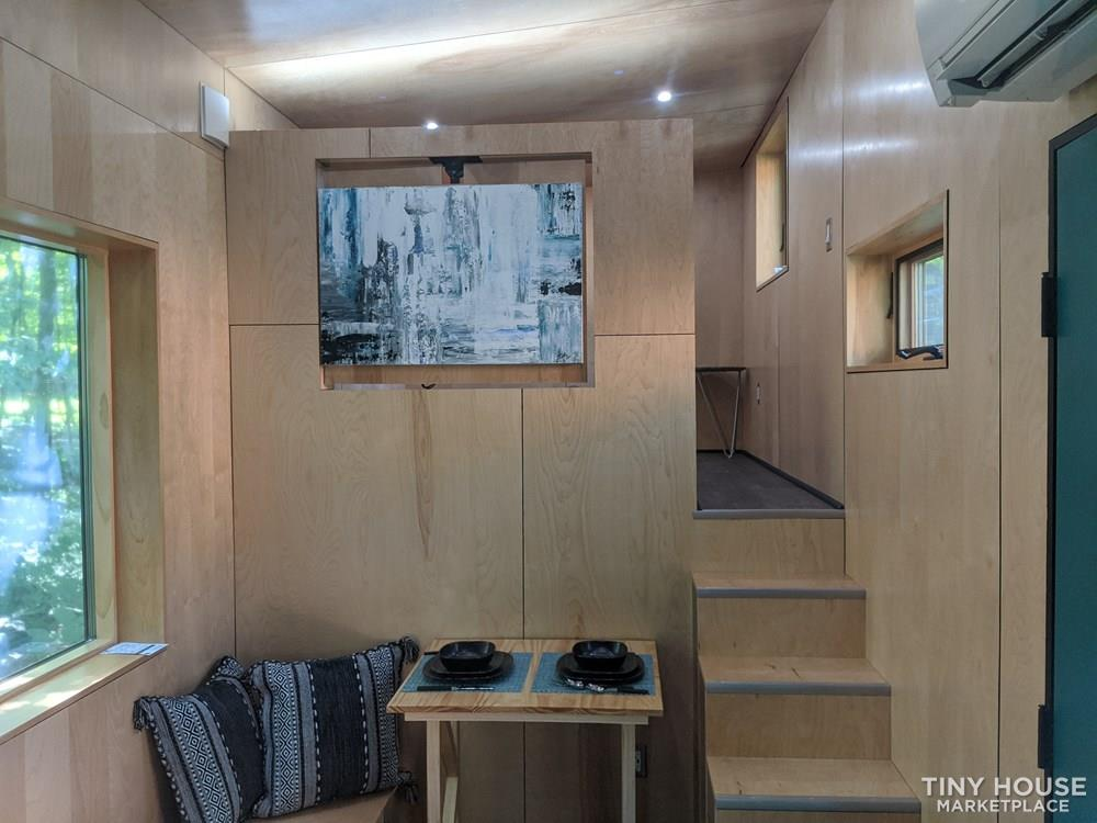 Poseidon - Modern Tiny House 10