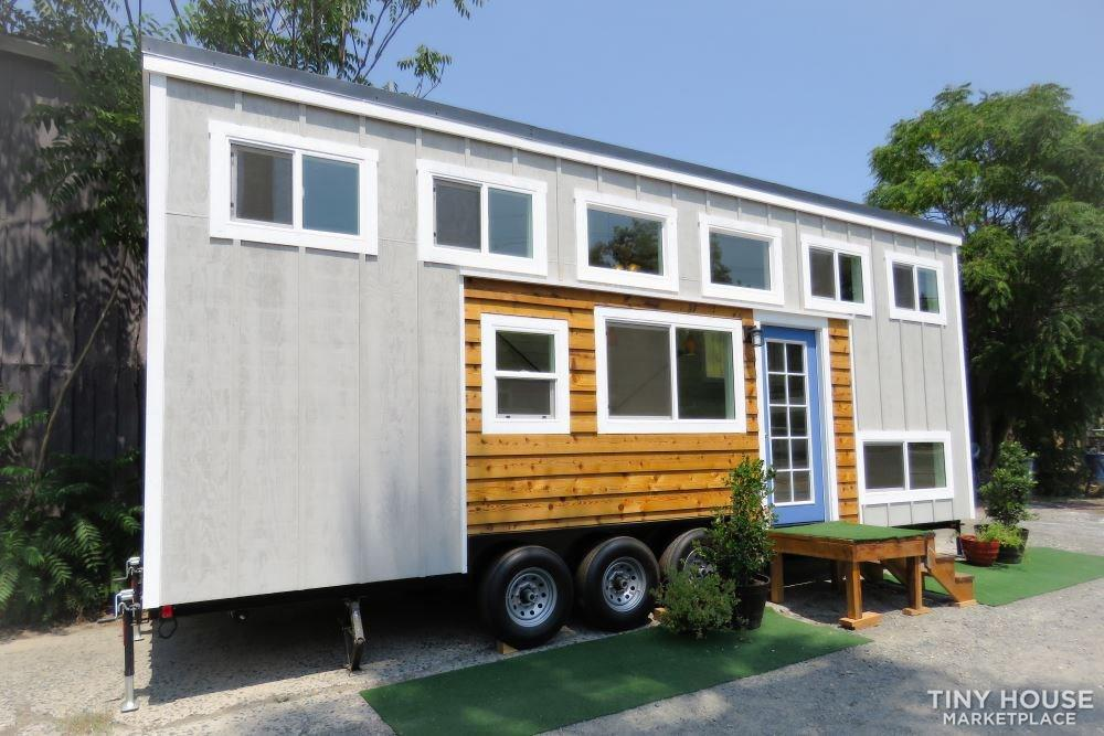 Gorgeous Tiny House With Dual Lofts and Main Floor Sleeping