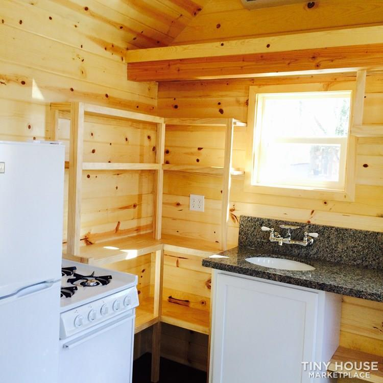Tiny House For Sale Heartsitem Thow For Sale