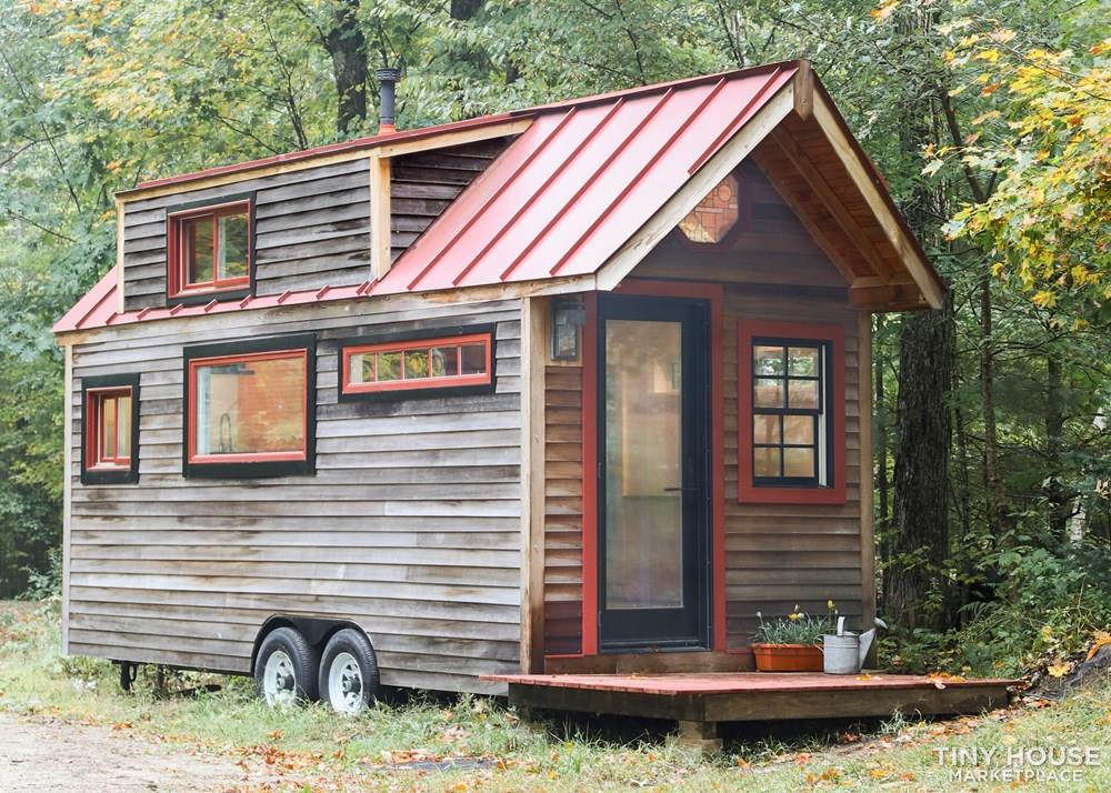 Humble House | Rustic 20ft Tiny Home!
