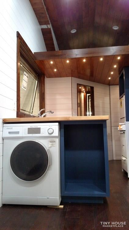Luxury Living in a Tiny House 4
