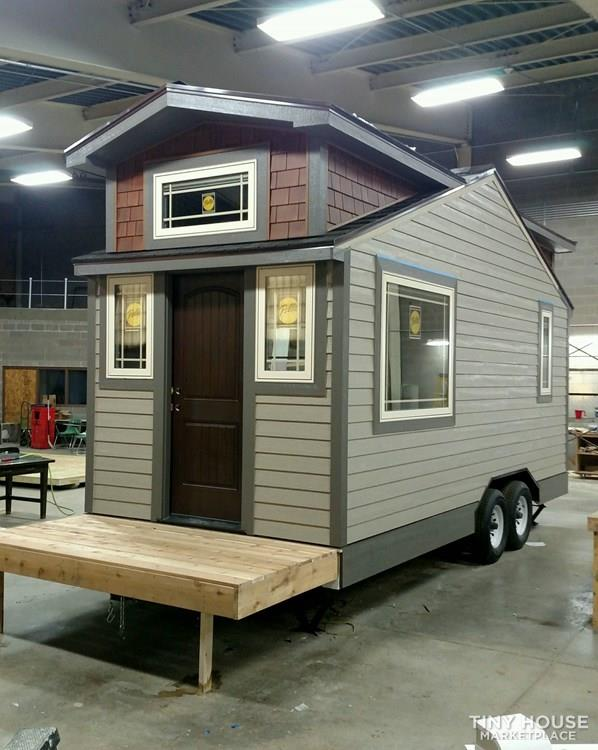 Luxury Living in a Tiny House 6