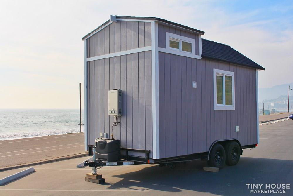 Luxury Tiny House on Wheels 3