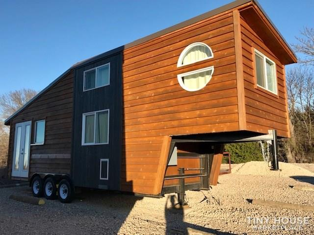 Modern Cabin Styled Tiny House with Goose-neck Trailer