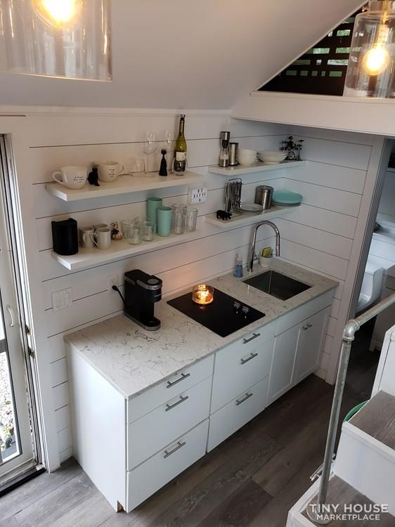 Tiny House with high end finishes 2