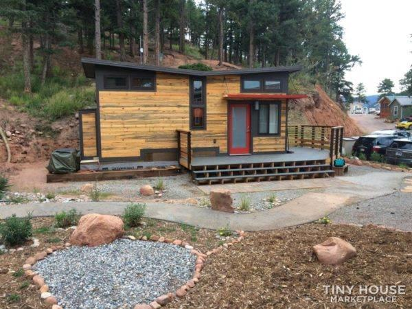 Modern Tiny House Perfect for a Family!