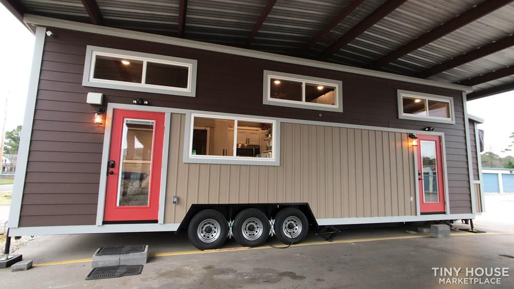 NEW 34' x 10' Tiny House Incredibly Spacious Layout, Bottom bedroom with 3 Lofts 2