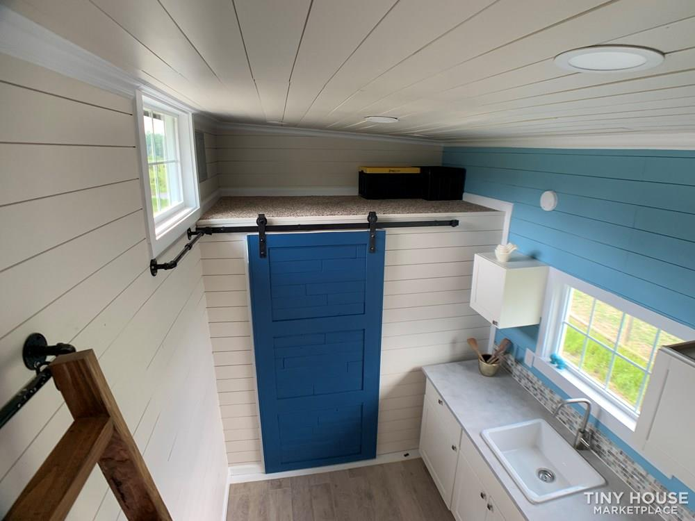 New Tiny House on wheels 170 sqft two lofts working kitchen bathroom 7