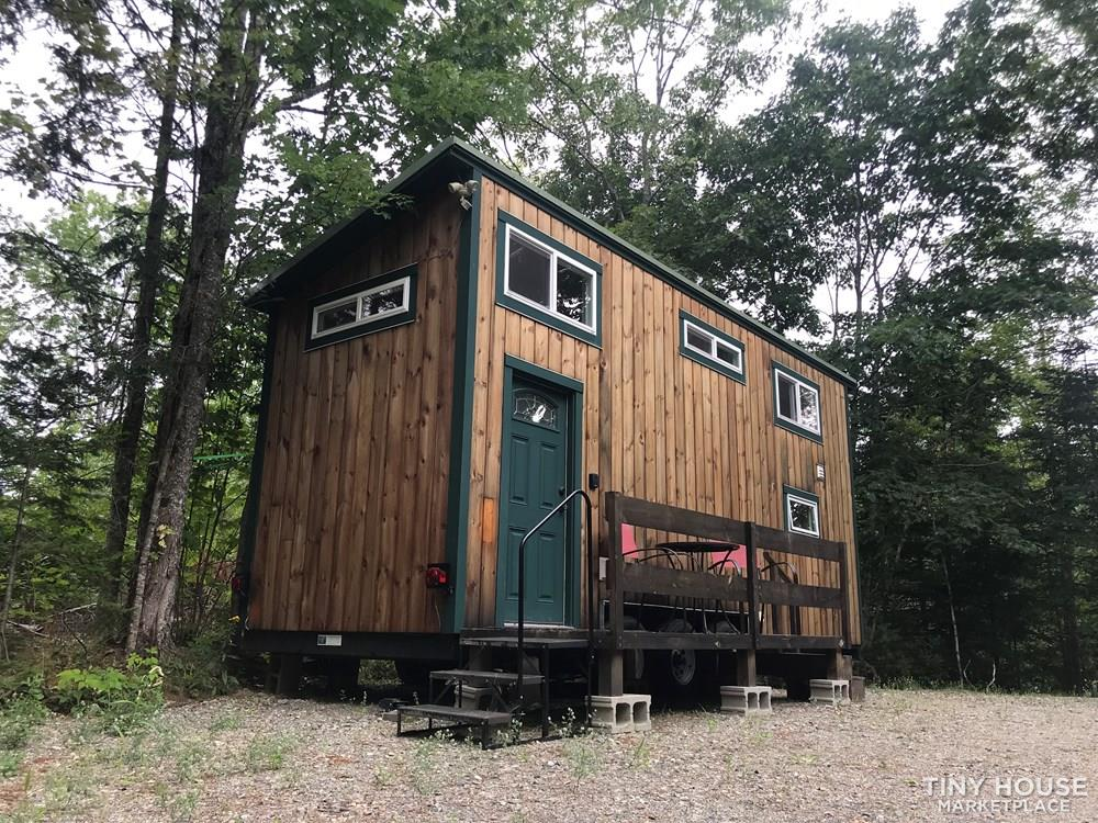 Off Grid Tiny House on Wheels
