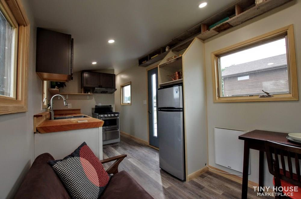 Tiny House For Sale One Of A Kind Tiny House In Bozeman