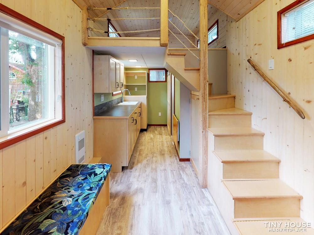 Professionally Constructed, Beautifully Designed Tiny Home!