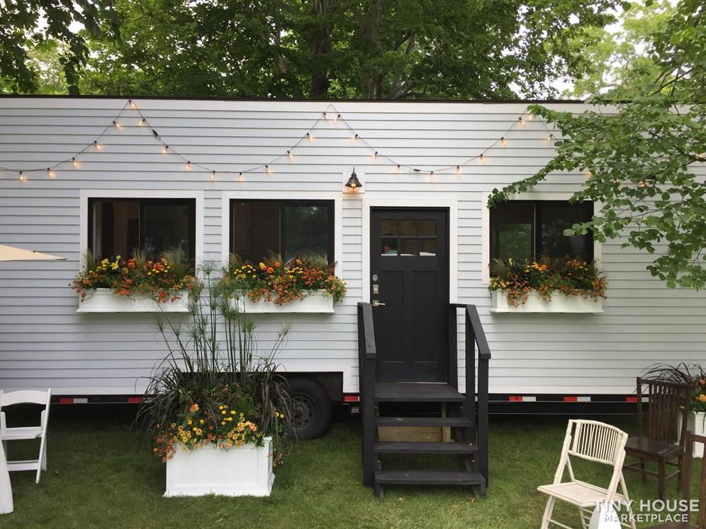 Stony Ledge Tiny House- Reduced Price Luxury Floor Model, First Floor Bedroom