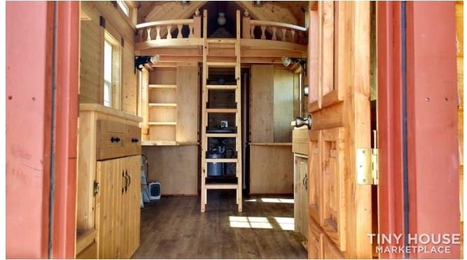 Tiny home built in 2016 1