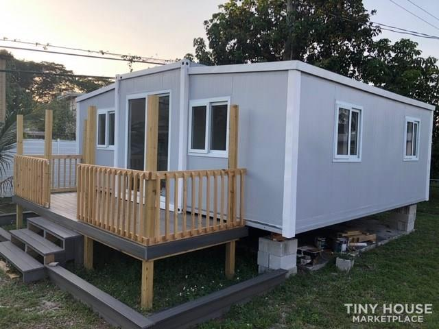 Tiny Home / Container  2